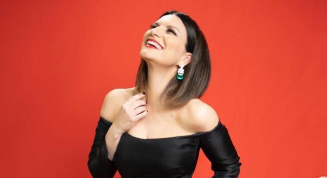 Laura Pausini alla notte degli Oscar 2021, ma non vince il premio per cui era candidata.