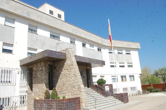 Edificio principal del Centro Militar de Veterinaria. (Foto Antonio Rodríguez Jiménez)