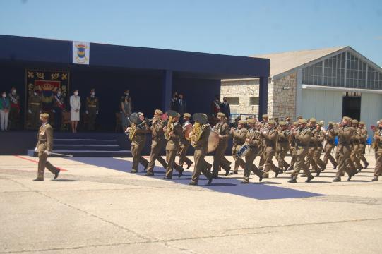 Desfile ante la Reina y autoridades (Foto: Antonio Rodríguez)