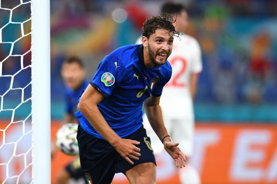 Locatelli ha sido la gran figura de la Azzurra. @EURO2020