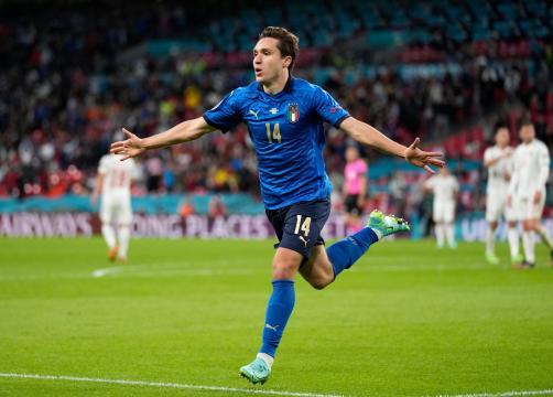 Chiesa metió un golazo en el complemento. @EURO2020
