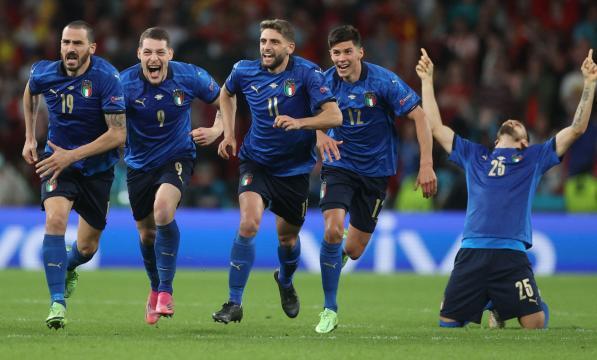 Italia sólo falló un penal. @EURO2020